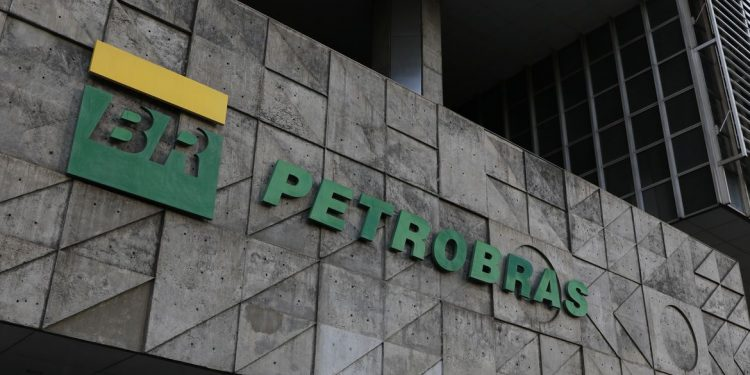 Gerente da Petrobras diz que não há perspectiva para estabilização dos preços