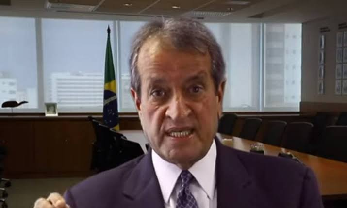 Costa Neto convida Bolsonaro para se filiar ao PL; VEJA VÍDEO
