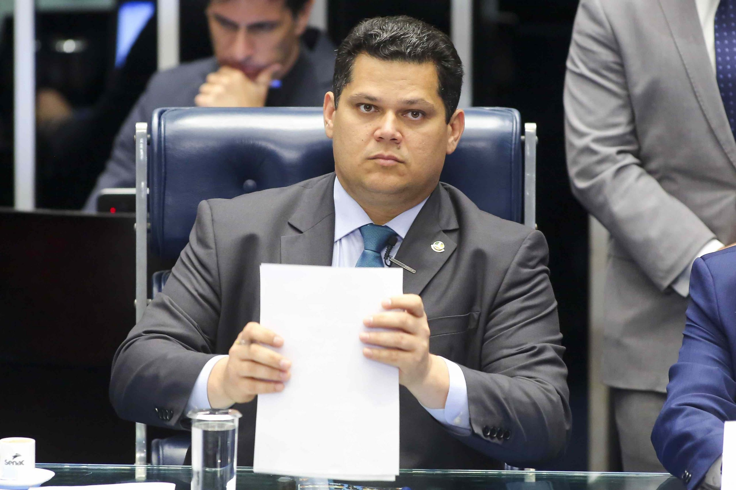 Urgente: Alcolumbre já tem data para a sabatina de André Mendonça, segundo jornalista