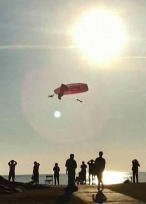 Parapentistas colidem no ar durante festival na Turquia; VEJA VÍDEO