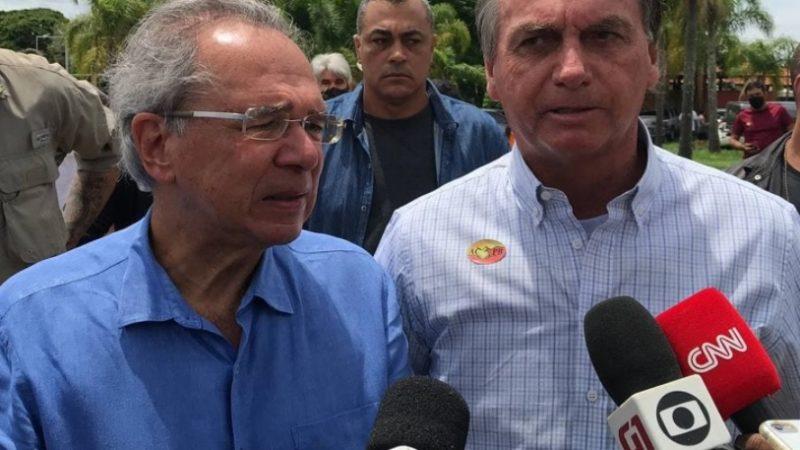 Bolsonaro diz que ele e Guedes ficarão juntos até o fim do governo