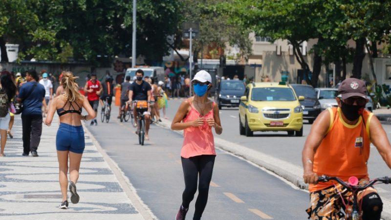 RIO: Decreto que desobriga uso de máscara em locais abertos está previsto para esta segunda