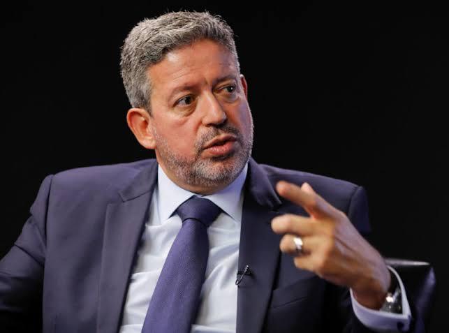 """Urgente: Artur Lira acaba de anunciar que os Estados estão enchendo os cofres com o ICMS dos combustíveis: """"70% do valor vem de impostos"""""""