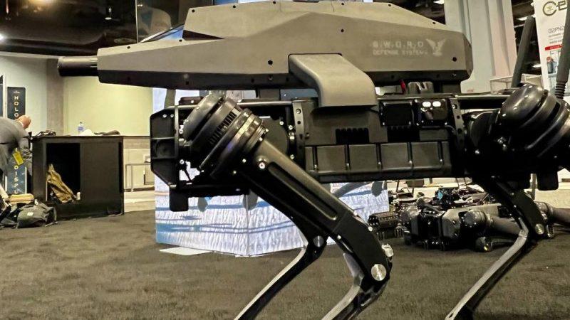 O Pentágono apresenta sua nova arma: o cão-robô de guerra